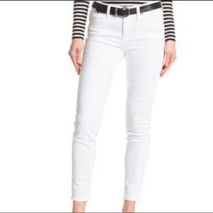 J Crew: NWT white toothpick skinny jeans (30)